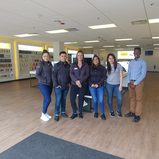 Your Sprint Oak Lawn Team